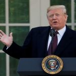 ترامب لـ«واشنطن بوست»: الديمقراطيون عطلوا تمويل الحائط الحدودي