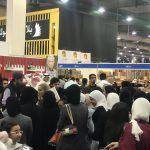 رغم الطقس السيء.. معرض الكويت للكتاب يجذب 300 ألف زائر