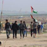 إصابة 13 فلسطينيا برصاص الاحتلال خلال المشاركة في مسيرة العودة شرق غزة