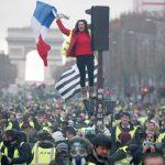 ماكرون يسعى للتهدئة وخشية من عنف واسع السبت خلال تظاهرات السترات الصفراء
