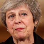 السترات الصفراء تنتقل إلى بريطانيا.. مئات المتظاهرين ضد التقشف الحكومي