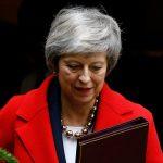 رئيسة وزراء بريطانيا من المتوقع أن تؤجل التصويت على اتفاق الخروج