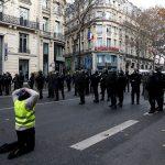 رئيس وزراء فرنسا: مظاهرات السترات الصفراء باتت تحت السيطرة.. ويدعو للحوار