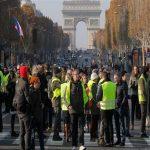 مصرع أحد متظاهري السترات الصفراء في حادث شاحنة جنوب فرنسا