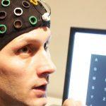 التكنولوجيا تساعد مرضى الشلل على استخدام أجهزة الكمبيوتر اللوحي