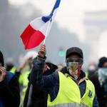 إكسبريس: «السترات الصفراء» تخطط للانتشار في ألمانيا وهولندا وبريطانيا بعد فرنسا وبلجيكا