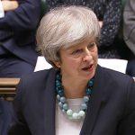 ماي وميركل تواصلان الاتصالات لمحاولة إقرار اتفاق خروج بريطانيا بالبرلمان
