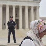 واشنطن بوست: ترامب يغلق أبواب أمريكا أمام المسلمين