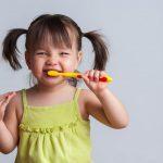 أفضل طرق العناية بأسنان الأطفال