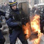التايمز تتهم روسيا بالوقوف وراء محاولات تضخيم احتجاجات فرنسا