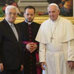 الرئيس عباس يجتمع مع بابا الفاتيكان