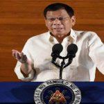 رئيس الفلبين ينفي نيته توريث الحكم لابنته