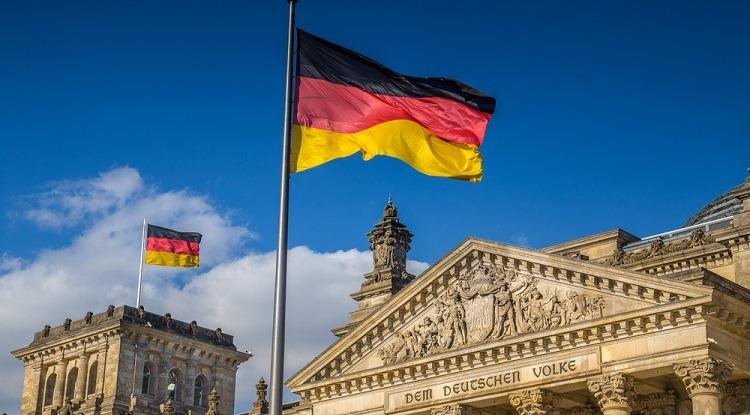 للشباب فوق 18 سنة .. ألمانيا تفتح باب الهجرة عن طريق الانترنيت والحصول على وظيفة في العمل الإجتماعي