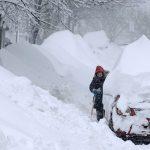 مصرع 5 أشخاص وفقدان 2 بسبب الثلوج الكثيفة في النمسا