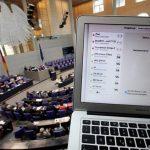 مخترقون ينشرون بيانات شخصية لمئات السياسيين الألمان