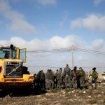الاحتلال الإٍسرائيلي يوسع التصعيد وسط استعدادات فلسطينية