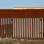 ترامب يسعى لاستكمال خطة بناء الجدار الحدودي مع المكسيك