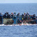 فقدان 15 مهاجرا إثر غرق مركب قبالة السواحل الليبية