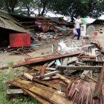 30 قتيلا في فيضانات وانزلاقات التربة في أندونيسيا