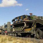 تركيا تدفع بتعزيزات عسكرية جديدة إلى الحدود مع إدلب السورية