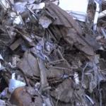 فلسطيني يعيد تدوير خردة الحديد في منزله