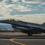 الجيش العراقي يقصف اجتماعا لداعش قرب دير الزور