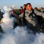 إصابة 15 فلسطينيا جراء قمع الاحتلال لمسيرة العودة شرق غزة