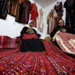 الثوب الفلسطيني إلى واجهة الأزياء العالمية