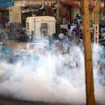الشرطة السودانية تغلق الشوارع الرئيسية أمام المحتجين في أم درمان
