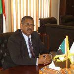 الرئيس السوداني يعين محمد طاهر إيلا رئيسا للوزراء