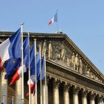 فرنسا تدعو الهند وباكستان إلى التهدئة في كشمير