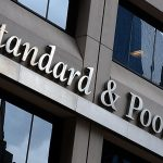 ستاندرد آند بورز الأمريكي يغلق على ارتفاع طفيف