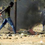 وزير الدفاع السوداني يتودد للشباب: لديهم طموح معقول
