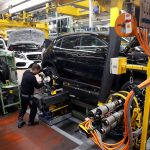 بروكسل: رد سريع وملائم إذا فرضت واشنطن رسوما على السيارات الأوروبية