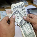 مصر ترفع سعر صرف الدولار في ميزانية 2018-2019