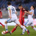 إشبيلية يتجاوز لاتسيو في الدوري الأوروبي بعد طرد لاعب من كل فريق