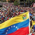 فنزويلا.. البرلمان يعلن الطوارئ وجوايدو يدعو للتظاهر مجددا