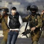 الاحتلال يعتقل 18 مواطنا فلسطينيا في الضفة الغربية والقدس