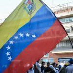 نائب بالمعارضة الفنزويلية: شاحنة مساعدات تدخل البلاد من البرازيل