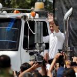 قافلة مساعدات تغادر كولومبيا صوب الحدود إلى فنزويلا