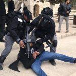 الرئاسة الفلسطينية: عباس يجري اتصالات دولية لوقف التصعيد في الأقصى