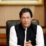 رئيس وزراء باكستان يحث الناس على التعايش مع الفيروس