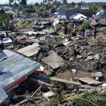 شاهد| سيول تضرب إقليم بابوا الإندونيسي