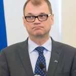 رئيس فنلندا يعلن استقالة الحكومة بعد فشلها في إقرار إصلاحات
