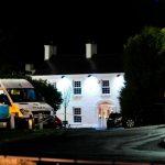 وفاة 3 أشخاص في حادث تدافع خارج فندق بأيرلندا الشمالية