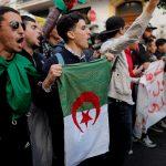 شاهد.. العصيان المدني يتصدر هتافات الطلبة الجزائريين
