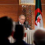 ترحيب بمبادرة بن صالح لحل الأزمة في الجزائر