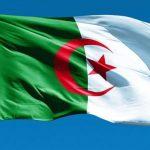 سياسي جزائري: الشعب مصر على تنحي الرئيس بوتفليقة