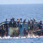 ارتفاع عدد قتلى قارب المهاجرين قبالة تونس إلى 58