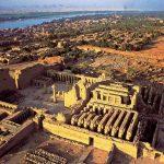 مهرجان الأقصر للسينما الأفريقية يطلق دورته الثامنة من معبد الكرنك